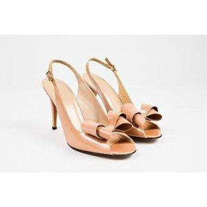 Stuart Weitzman Nude heels with bow